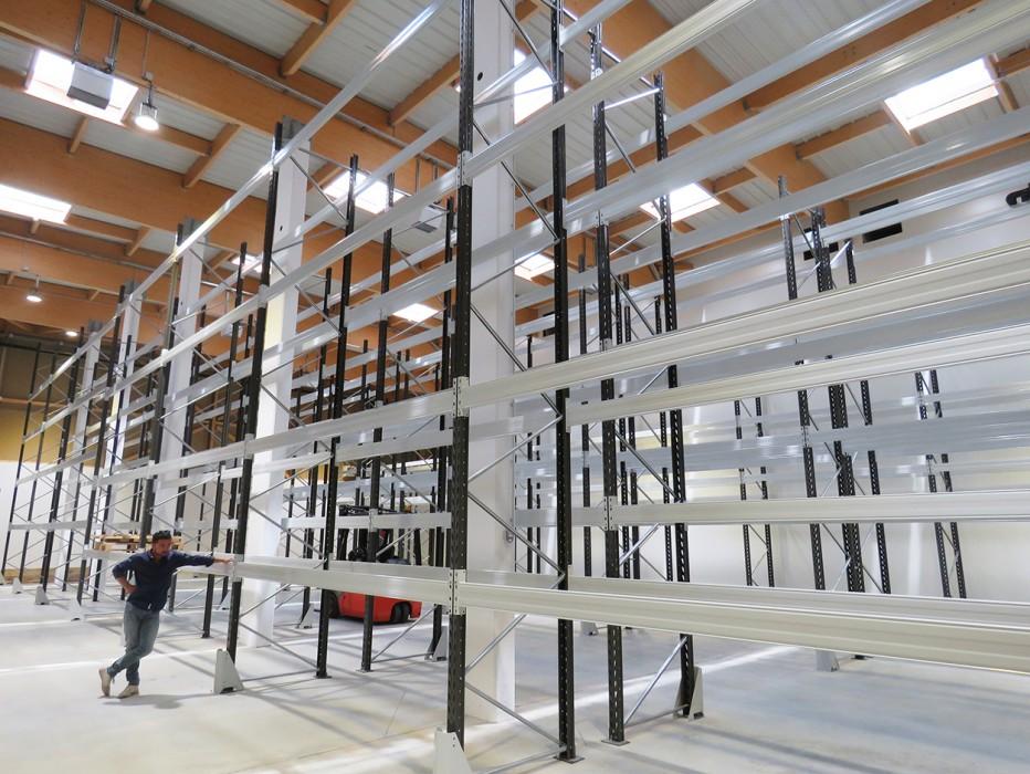 Le nouveau laboratoire Nutergia, un publireportage Bluetek et Adexsi pour des lanterneaux et exutoires DENFC Bluesteel RPT avec brise-soleil Voile-Dôme