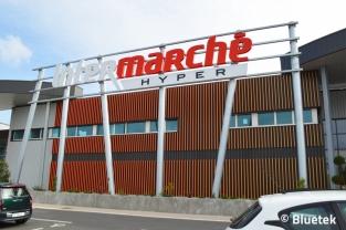 Intermarché Le Pouliguen : lames Harmonie en façade