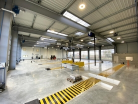Bluevoûte et Bluesteel en toiture du nouvel atelier Poids Lourds Fichou